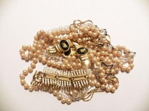 larp jewelery