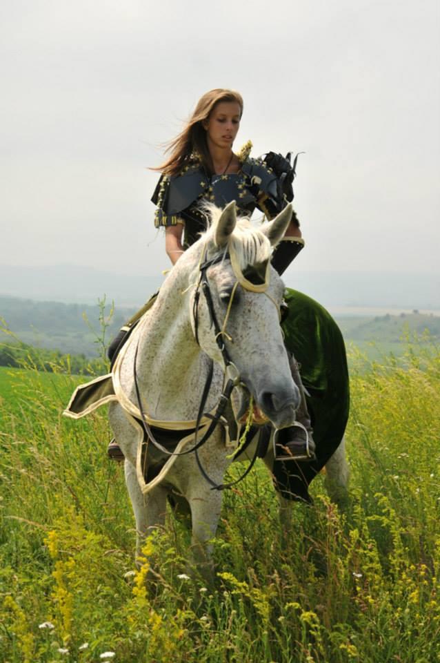horse_queen