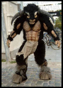 Minotaur_suit_by_Jotuntroll